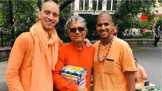 Author Deepak Chopra Receives Set of Prabhupada's Books in New York