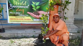 ISKCON India Plants Trees, Cleans Rivers for World Environment Day