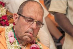 Prayers Requested After Jayapataka Swami Tests Positive for COVID-19