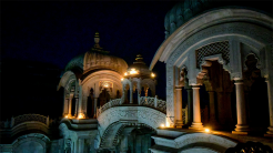 Photographer Shares His Experience of Lockdown at Krishna Balaram Mandir