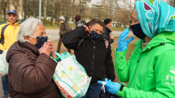Food For Life Hungary Distributes Prasadam and Face Masks to the Needy