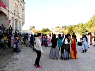VIDEO - Padayatra in New Mayapur, France with devotees from the Pandava