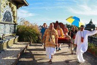 40th Anniversary of Prabhupada's Palace Brings Memories, Connection and Healing