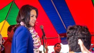Presidential Candidate Tulsi Gabbard Leads Kirtan at New York Rathayatra