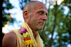 Fund Established to Care for Varsana Swami Amidst Health Challenges